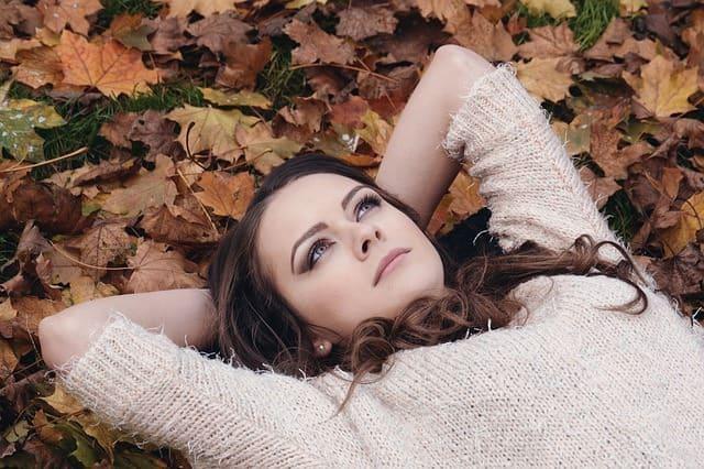 foto meisje in gras
